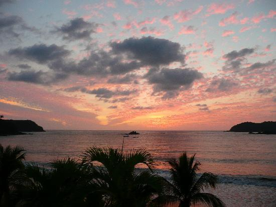 Club Med Ixtapa Pacific: Have to include a sunset picture!