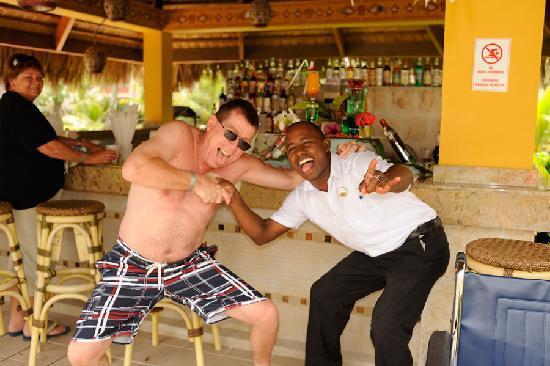 Majestic Colonial Punta Cana: Victor WAZZAAATT!!??