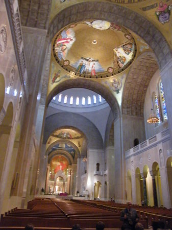 ‪Basilica of the National Shrine of the Immaculate Conception‬
