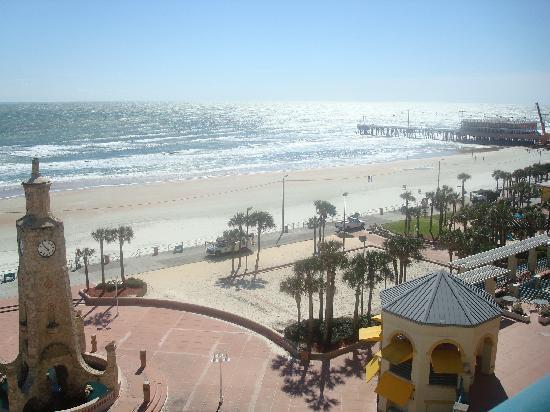 Hilton Daytona Beach Oceanfront Resort: Beautiful water view