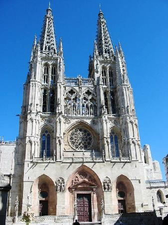 Meson del Cid: Fachada principla de la Catedral de Burgos