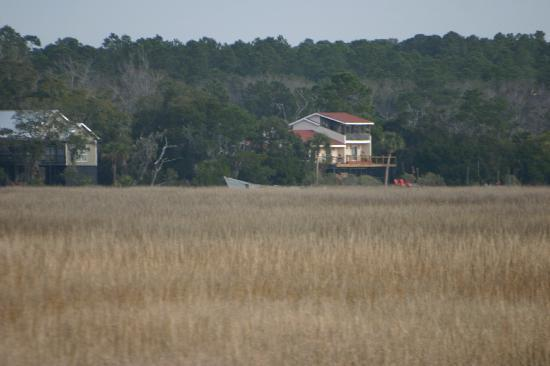 Blue Heron Inn: Inn from the Sapelo Island Ferry