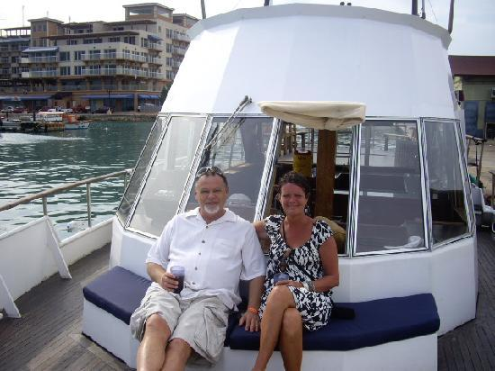 Strea Charters: Getting ready for the sunset cruise