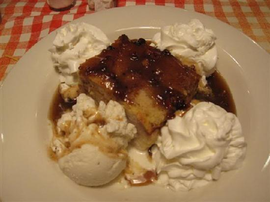 Famous Dave's: Bread Pudding