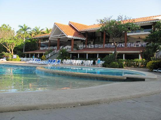 Occidental Tamarindo: pool and hotel