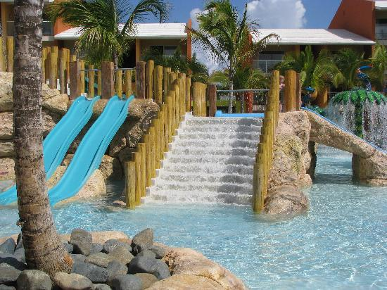 Barcelo Bavaro Palace: Family Kids pool (a small part of it)