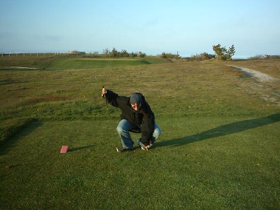 Highland Golf Links: Player at Highland