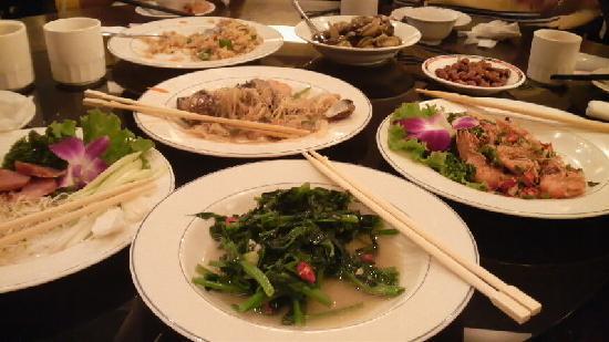 Green Peak Hotel: レストランの台湾料理最高!