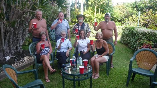 Garden Island Inn Hotel: Cheers from our whole group