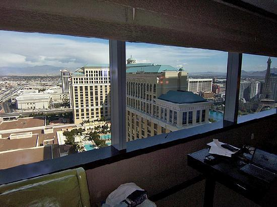 Vdara Hotel & Spa at ARIA Las Vegas: View from room