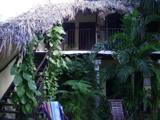 Hotel Playa del Karma: upstairs room.  Yoga area upper right side.