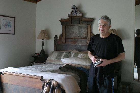 Fort Ross Lodge: Room interior