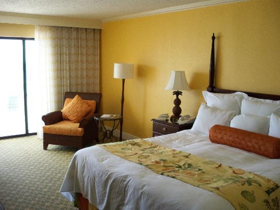 Grand Cayman Marriott Beach Resort: Our room