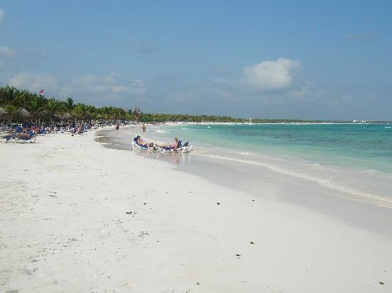 Grand Palladium White Sand Resort & Spa: Beach at Grand Palladium