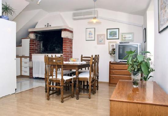 House Katarina - Old town: siting room apartment Danijela