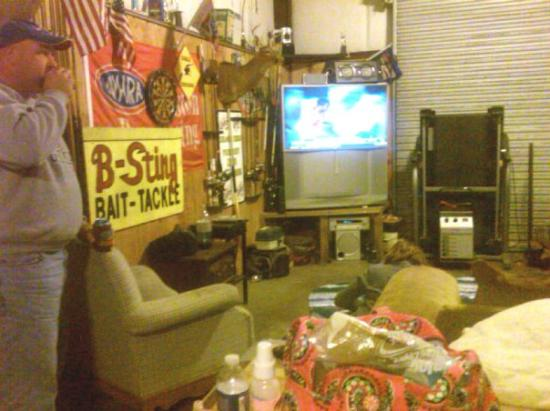 Dawson, GA: Just another night at the Faust residence...