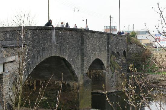 Ballybofey, Irland: RIver finn spreading mum's ashes