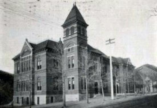 Idaho Springs, CO: This was the building the Grade School was in when we went to school. It used to be the High Sch