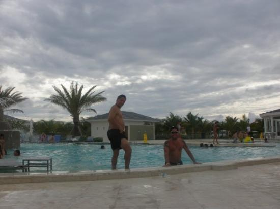 Bimini: Dad and I at the pool.