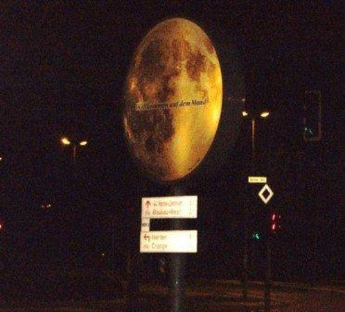 Bayern, Tyskland: Welcome to the moon