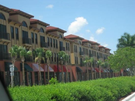 Fort Lauderdale, FL: More new buildings in Delray Beach