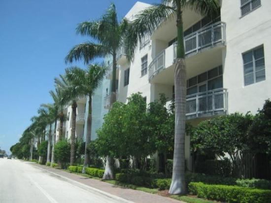 Fort Lauderdale, FL: New Buildings on US 1, in Delray Beach