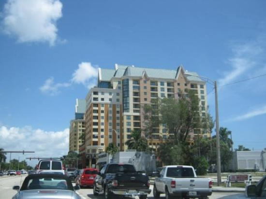 Buildings in South Florida. Condos on US 1, in Fort Lauderdale
