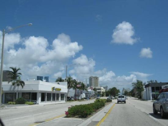 Fort Lauderdale, FL: A ride on US 1, in North Miami