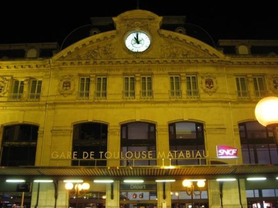 La Gare de Toulouse Matabiau - Train Station