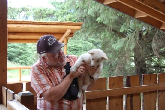 Skagway, AK: Our guide with the Musher Camp Excursion.