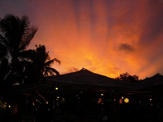 Amora Beach Resort: Sunset over Bang Tao beach