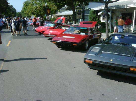 Danville, Californië: Row of Ferrari