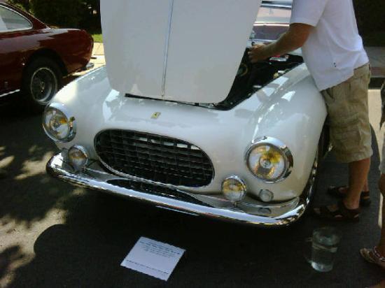 Данвилл, Калифорния: Classic Ferrari