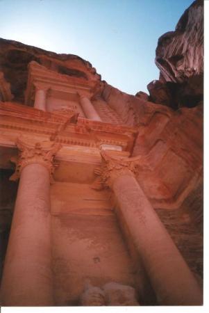 Petra / Wadi Musa, Jordan: The Treasury at  Petra