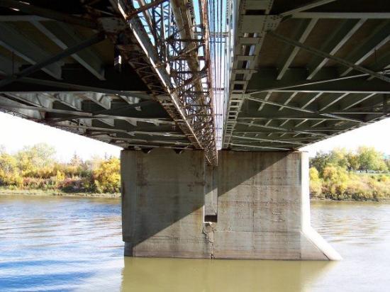 Edmonton, Canada: Dawson Bridge