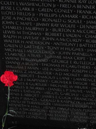 Korean War Veterans Memorial: im glad grandpas name isnt on there, 58000 souls lost