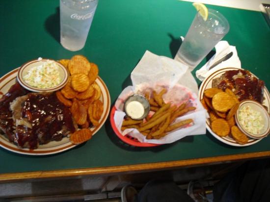 Covington, VA: the BEST ribs Ive ever had