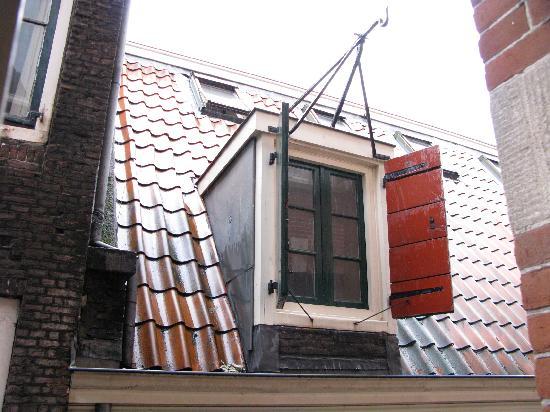 Best Western Dam Square Inn: Window view