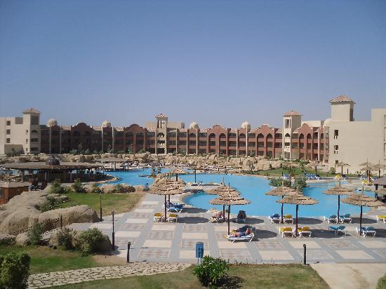 Tirana Aqua Park Resort: Pool area
