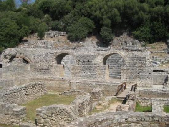 Backpackers SR: Butrint National Park, only 45 mins from the hostel