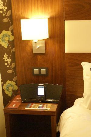 Leopold Hotel Antwerp: i-phone dock stations