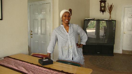 Summer Grove Villa: Neneh  The Manager