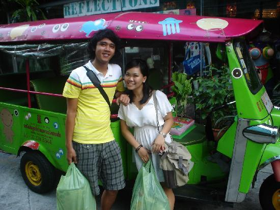 Mystic Place: the tuk tuk that will take you to chatucak market for free