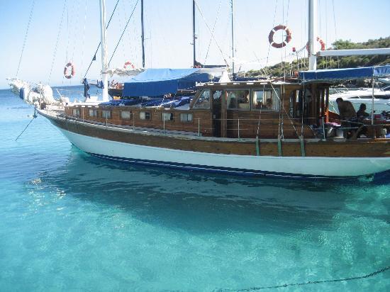 VClub Valtur: catamarano di una famigliola turca