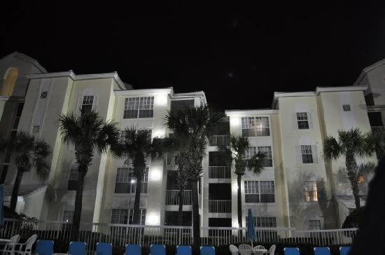 Cypress Pointe Resort: Night swim