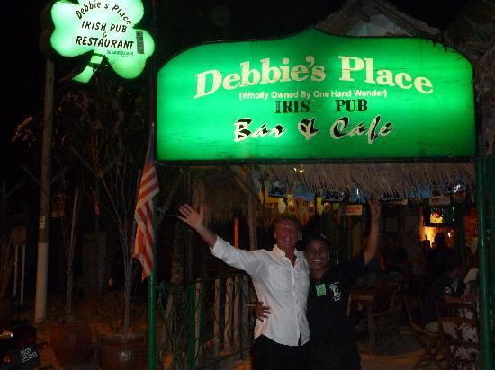Meritus Pelangi Beach Resort & Spa, Langkawi: Me and Sam outside Debbies