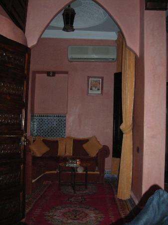 Riad 58 Blu: La zona de estar de nuestra suite