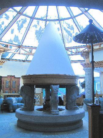 Hotel Edelweiss & Gurgl: Conservatory Lounge. E&G