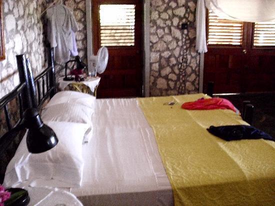 Jackie's on the Reef: My bedroom