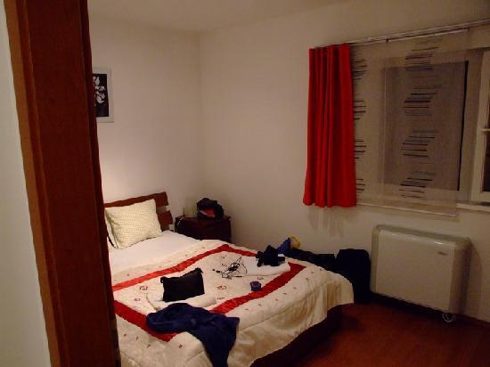 Opera Residence: Bedroom